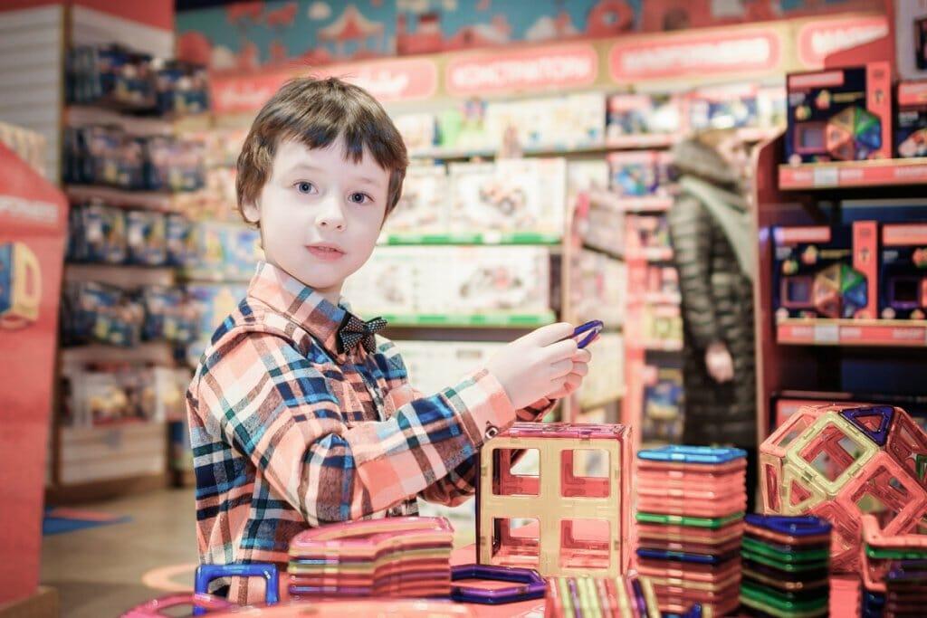 Consejos para comprar los juguetes de Navidad y Reyes