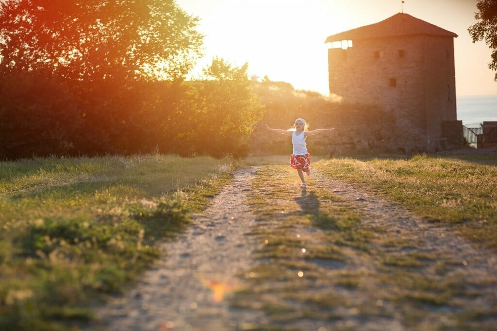 6 juegos para jugar al aire libre con los niños
